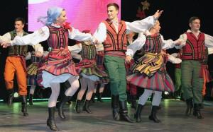Oczywiście w centrum był ojczysty, rodzimy folklor polski Fot. Marian Paluszkiewicz