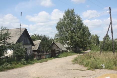 Wieś Gadźkowszczyna nad Dnieprem i Kropiwną, dopiero tam trafiliśmy na mieszkańców, którzy słyszeli o batalii orszańskiej Fot. Waldemar Szełkowski