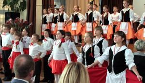 Wieczór wspomnień uświetniły występy młodzieży Fot. Marian Paluszkiewicz
