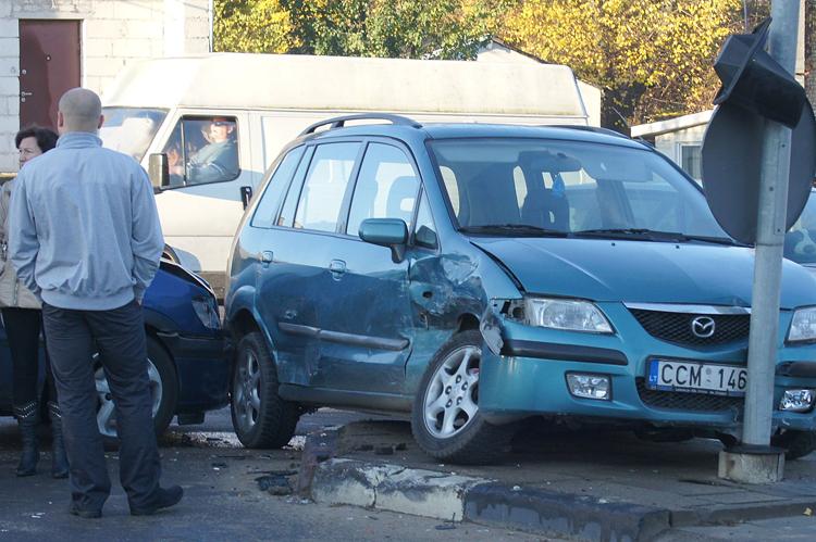 Do 31 października doszło do 2 422 wypadków drogowych        Fot. Marian Paluszkiewicz