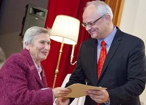 Fania Brancovskaja z Jarosławem Czubińskim, ambasadorem RP na Litwie Fot. Marian Paluszkiewicz