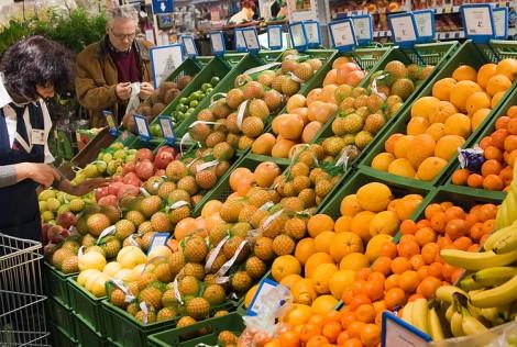 Sprzedawane na Litwie owoce i warzywa nie są genetycznie zmodyfikowane Fot. Marian Paluszkiewicz