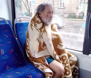 Ludzi bezdomnych jednoczy głęboka samotność i marginalizacja ze strony społeczeństwa ― właśnie to ich najbardziej przygniata Fot. Marian Paluszkiewicz