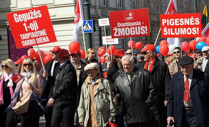 Święto Pracy w cieniu dyskusji o pracy