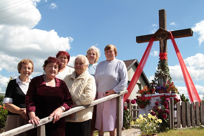 Wspólnotę Awiżeń łączy krzyż
