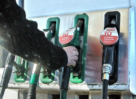 Cenę paliwa na Litwie regulują podatki Fot. Marian Paluszkiewicz