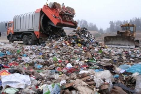 Władze miasta chcą, aby jak najwięcej śmieci było sortowanych, a nie wywożonych na wysypiska Fot. ELTA