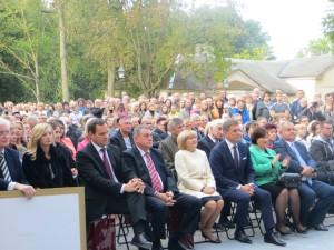 Na uroczystość otwarcia pałacu przybyło wielu dostojnych gości z Polski i Litwy Fot. Anna Pieszko