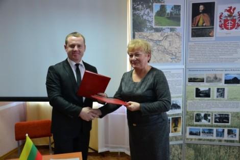 Umowę o współpracy między rejonami podpisano podczas obchodów 145 rocznicy urodzin F. Ruszczyca