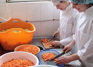 Kucharze mają dziś większe szanse zatrudnienia niż prawnicy Fot. Marian Paluszkiewicz