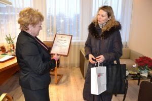 Przedstawicielka Narodowego Centrum Krwi podziękowała mer Samorządu Rejonu Wileńskiego za świetnie zorganizowaną akcję krwiodawstwa