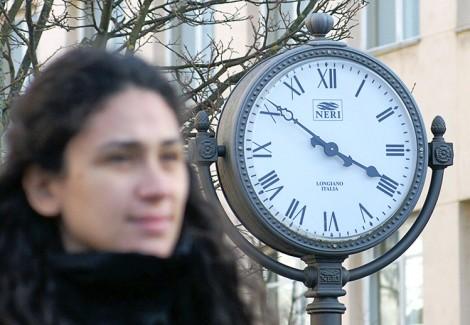 Zmiana czasu na letni często kojarzona jest z krótszym snem Fot. Marian Paluszkiewicz