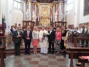 Pozdrowienia dla ks. Jonasa z okazji srebrnego jubileuszu święceń kapłańskich Fot. Alina Sobolewska