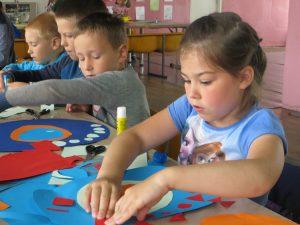 Zajęcia są skierowane na myślenie i kreację młodych uczestników Fot. Anna Pieszko