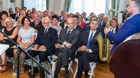 Uroczystość uhonorowania tegorocznych laureatów nagrody im. Jerzego Giedroycia odbyła się w wileńskim Pałacu Chodkiewiczów Fot. Marian Paluszkiewicz