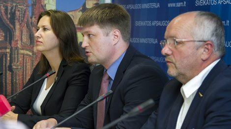 Neringa Bernotienė, Valentin Gavrilov, Juozas Olekas przekonywali, że będzie więcej tańszych leków Fot. Marian Paluszkiewicz