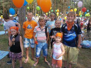 Zabawa była wspaniała, czego dowodem były uśmiechnięte twarze dzieci   Fot.vrsa.lt