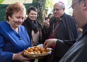 W świętowaniu uczestniczył arcybiskup Pedro López Quintana, nuncjusz apostolski na Litwie Fot. Marian Paluszkiewicz
