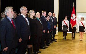 Uroczystość rozpoczęła się tradycyjnym odśpiewaniem hymnów Litwy i Polski Fot. Marian Paluszkiewicz