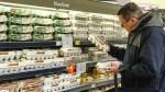 Przed Wielkanocą sieci sklepów biją się o klienta