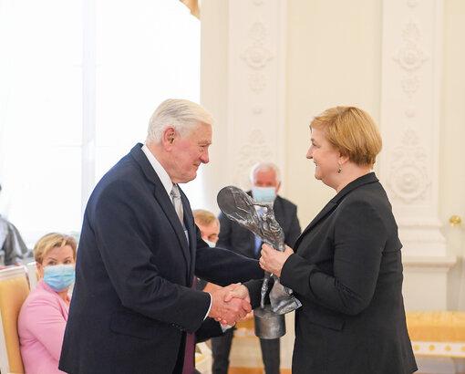 Adamkus z Nagrodą im. Lecha Kaczyńskiego