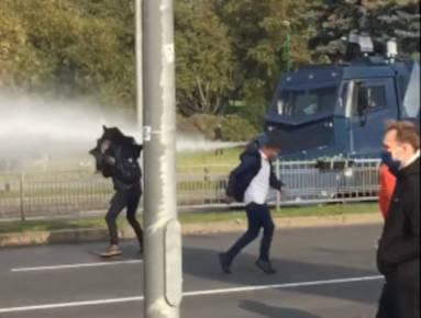 Marsz Białorusinów o wyzwolenie więźniów zakończył się, aresztowania trwają