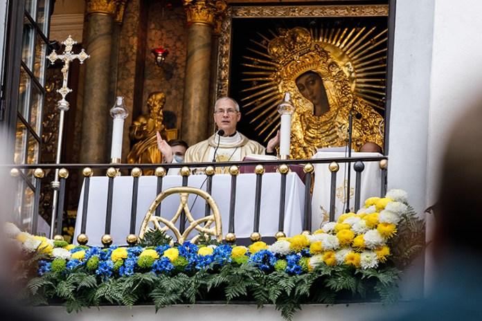 Od jutra msze święte w kościołach będą zawieszone