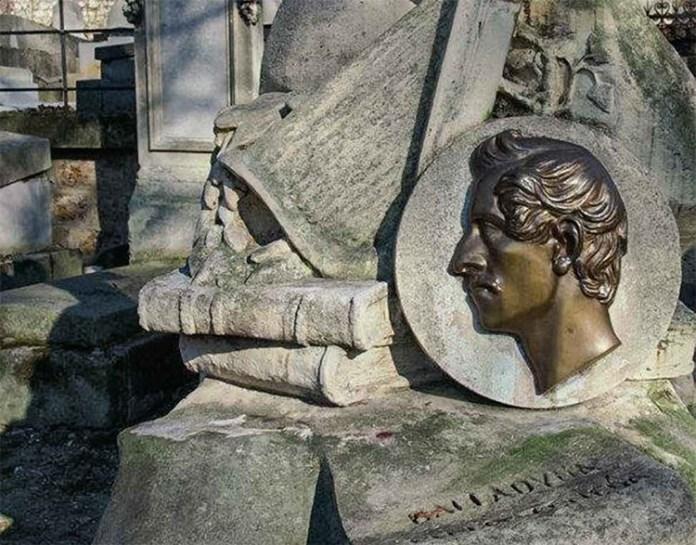 Pogrzeby i miejsca pochówków naszych wieszczów: Adam i Juliusz razem w Krakowie