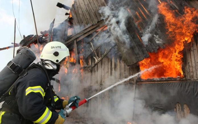 Strażacy radzą, jakie środki ostrożności zachować zimą
