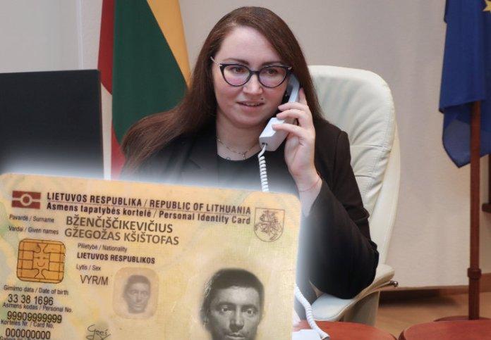 Minister Dobrowolska gada przez telefon, dowód osobisty przed nią ze zlituanizowanym nazwiskiem Grzegorza Brzęczyszczykiewicza. Gžegožas Kšištofas Bženčiščikevičius.