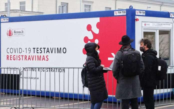 COVID na Litwie: granica 400 przypadków na 100 tys. staranowana