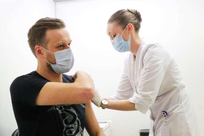 """Landsbergis o paszporcie odporności: """"w dniu, gdy szczepionka będzie dla każdego"""""""