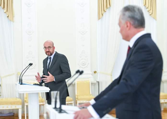 Charles Michel: UE potępia presję wywieraną migrantami