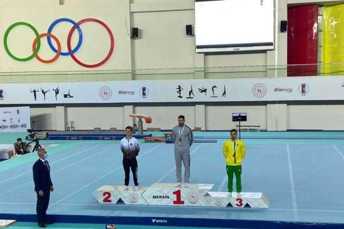 Gimnastycy z Litwy z medalami, w tym Polak