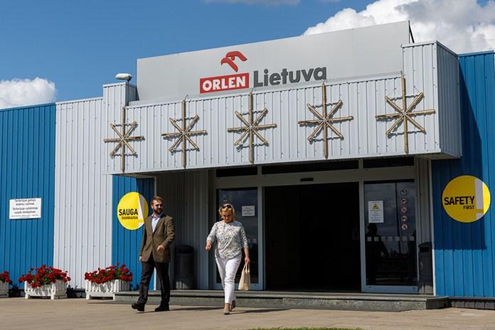 Nausėda w rafinerii w Możejkach. Zatwierdzono inwestycje sięgające 220 mln euro