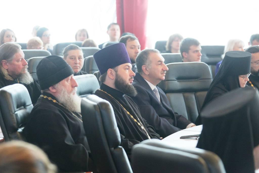 Один из спикеров XIII Иннокентьевских чтений поблагодарил Алексея Навального