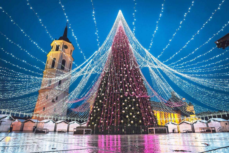 Самые красивые новогодние ёлки Европы