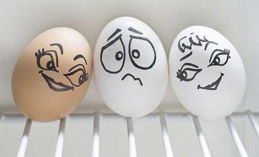 Всемирно известное яйцо треснуло…