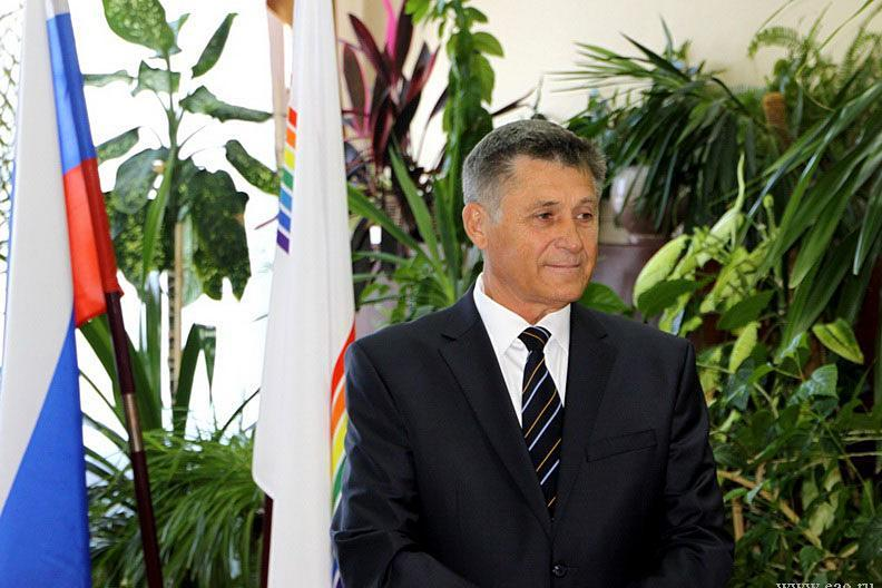 Администрация Смидовичского района хотела взыскивать ущерб с бывшего главы в течение более 120 лет