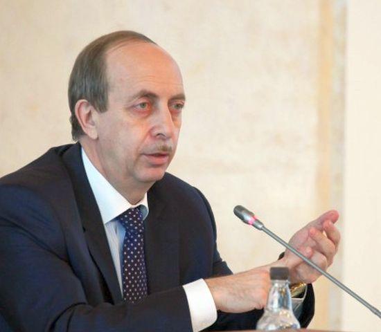 Александр Левинталь продемонстрировал населению реальный рост своих доходов