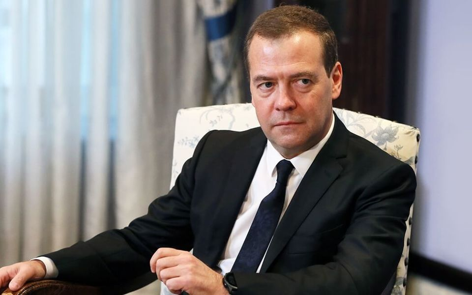 Медведев знал об отставке заранее?