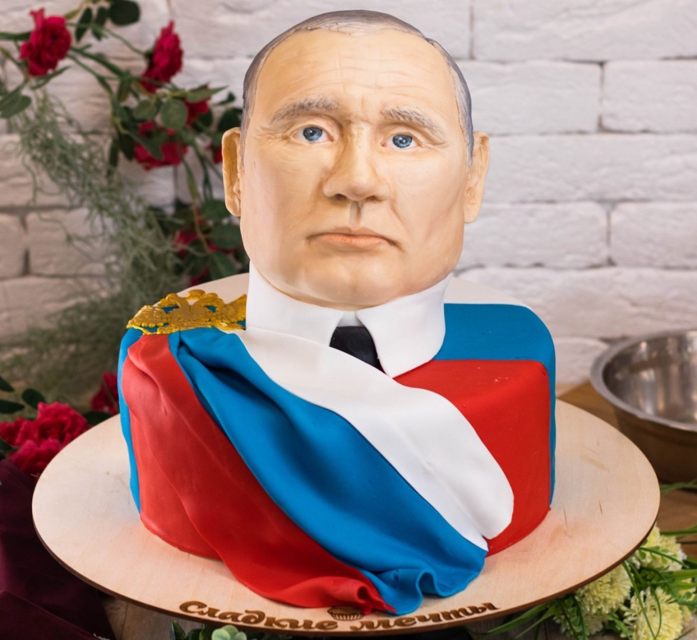 В Якутии кондитерская предлагает съесть голову Путина, Сталина и Горбачева