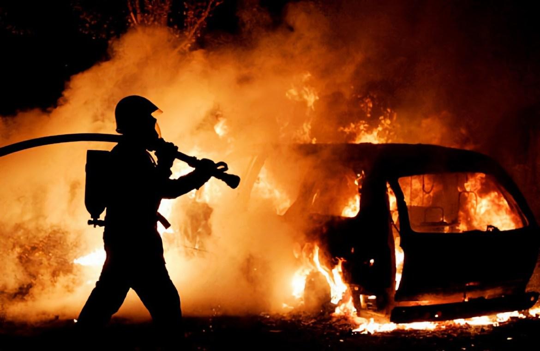 Директору управляйки в Биробиджане подожгли машину