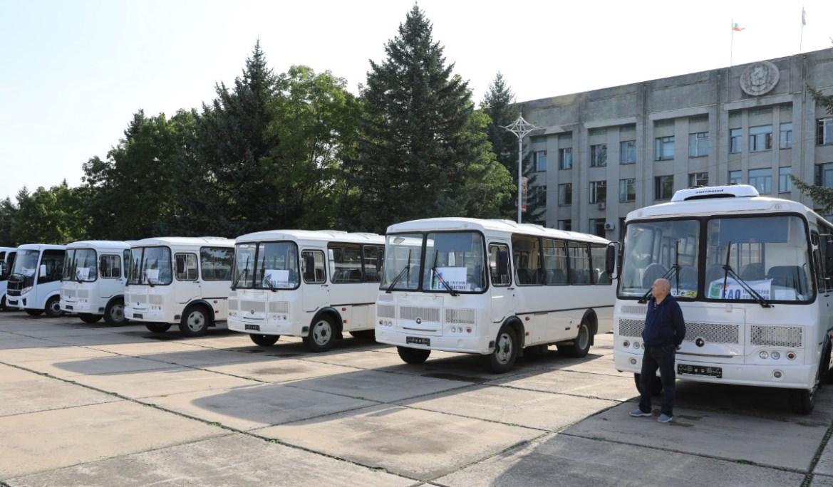 В ЕАО автопарк экстренных и коммунальных служб пополнился новыми автомобилями