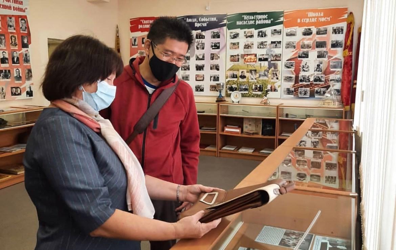 Японский дипломат зачастил в малые музеи ЕАО