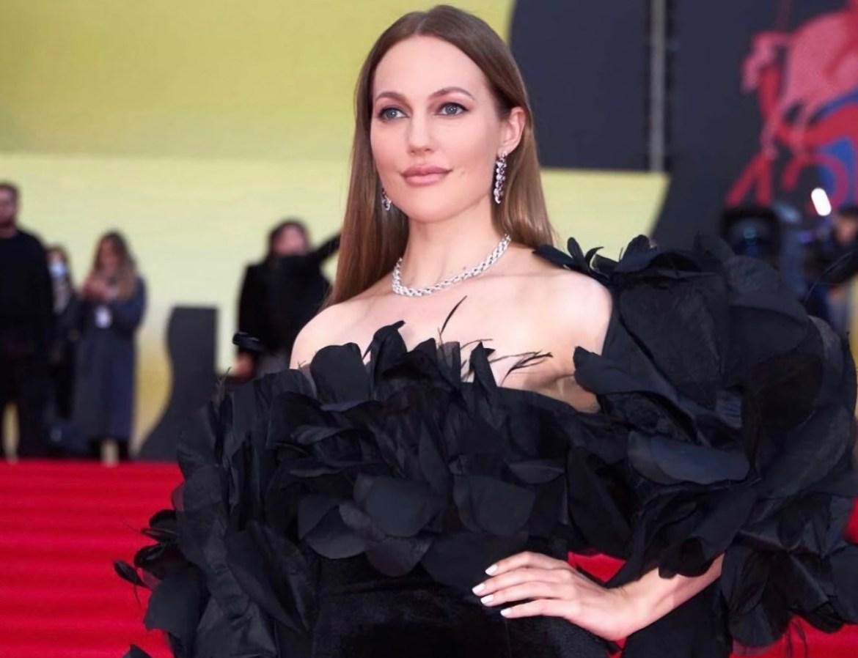 Мерьем Узерли, исполнившая роль Хюррем Султан в турецком сериале «Великолепный век», посетила Москву (ВИДЕО)
