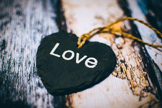 世界を愛で満たす方法_能動的に愛するということ