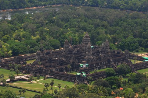 Angkor Wat from Sky (131)