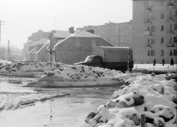 1970_zima_zwaly_sniegu (11)