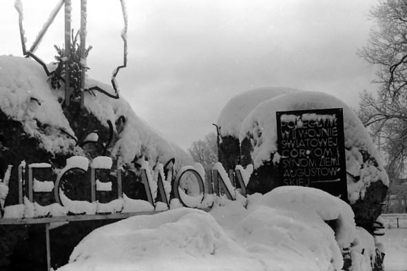 1977_zima_zarzad_kanalu_nigdy_wiecej (13)